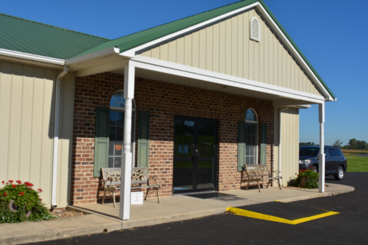 Dayton Animal Clinic - 1738 Silver Lake Road - Dayton, VA
